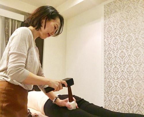 タイ伝統木づち療法トークセントークセン